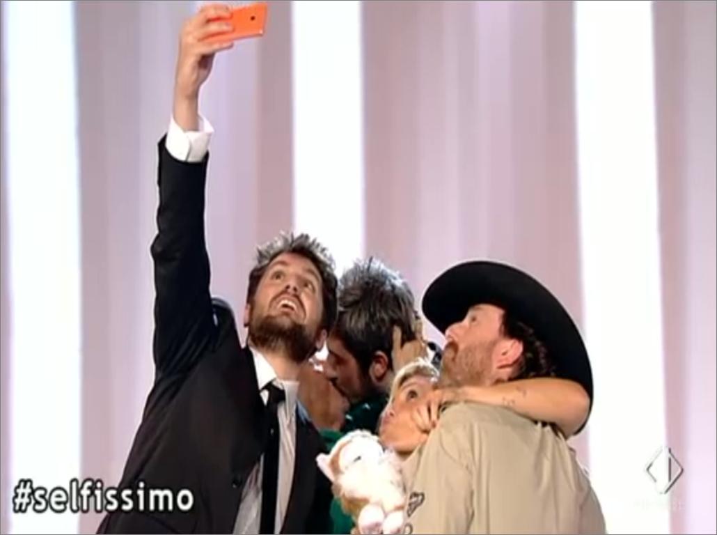 Il selfie de Le Iene