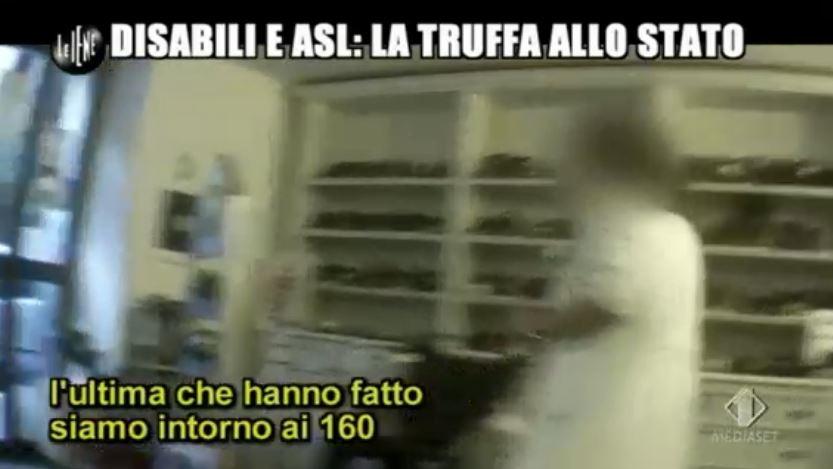 Le Iene 151014 Renzi e sla 5