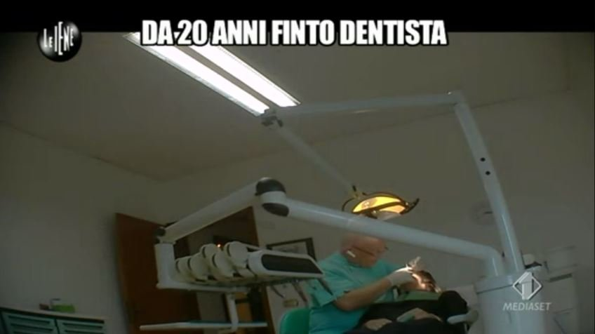 Le Iene 12112014 Finto dentista 6