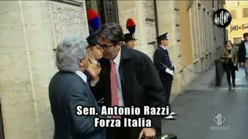 Le Iene 12112014 Magnozzi