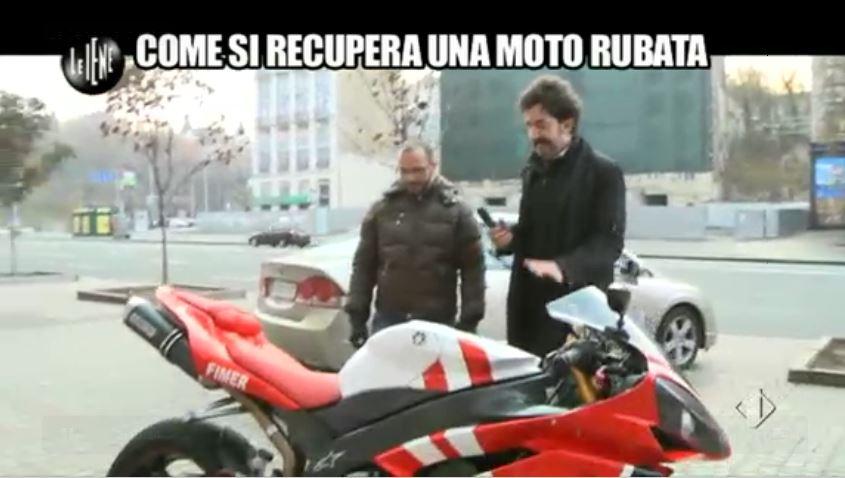 Le Iene 12112014 Moto 9