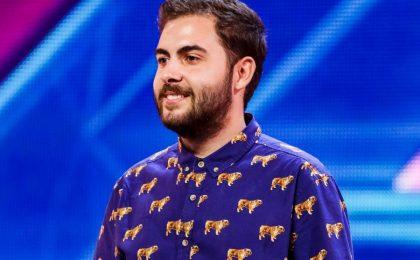 Andrea Faustini in finale a X Factor UK: il cantante italiano conquista giudici e pubblico