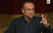 Sanremo 2015, Carlo Conti in conferenza stampa: le dichiarazioni in diretta