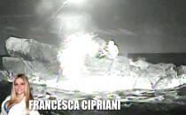 Francesca Cipriani a Scherzi a parte: lo scoglio dellIsola e il naufragar mè dolce...