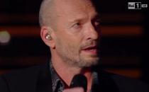 Biagio Antonacci a Sanremo 2015: omaggio a Pino Daniele con Quando Quando