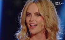 Charlize Theron a Sanremo 2015: lintervista playlist con Carlo Conti