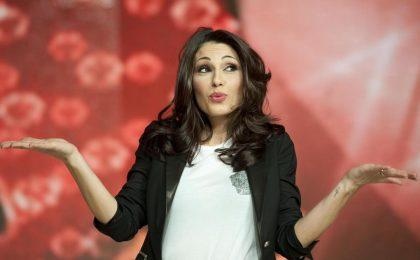 About Love su Italia 1 cancellato: Anna Tatangelo replica alle critiche e difende Moccia