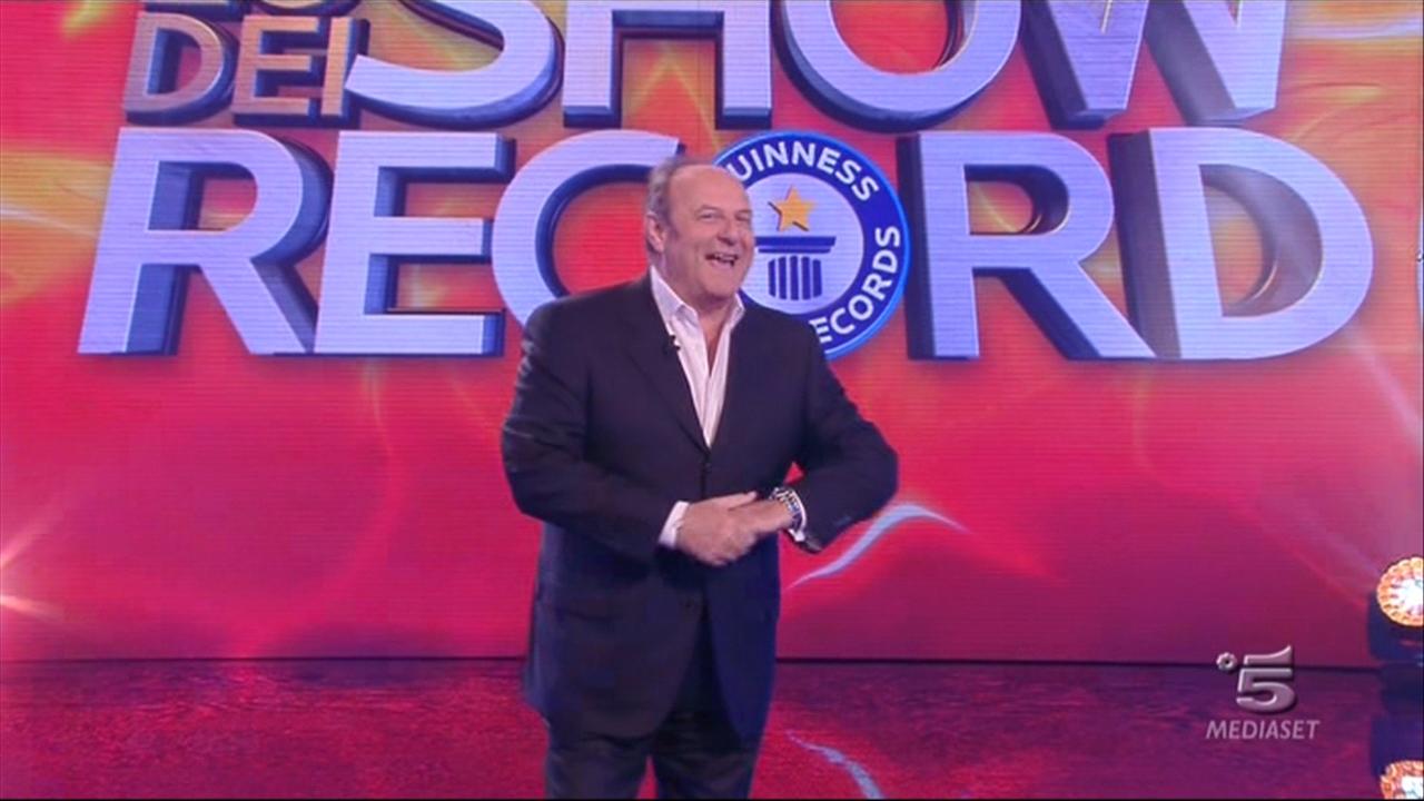 Lo show dei record 2015 prima puntata 17 febbraio su Canale 5: le esibizioni più curiose