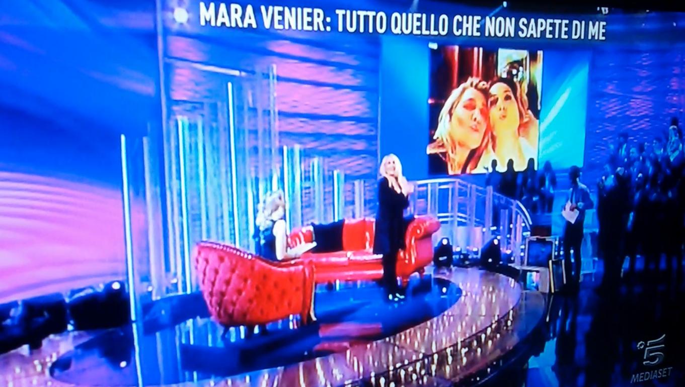 Mara Venier da Barbara D'Urso a Domenica Live
