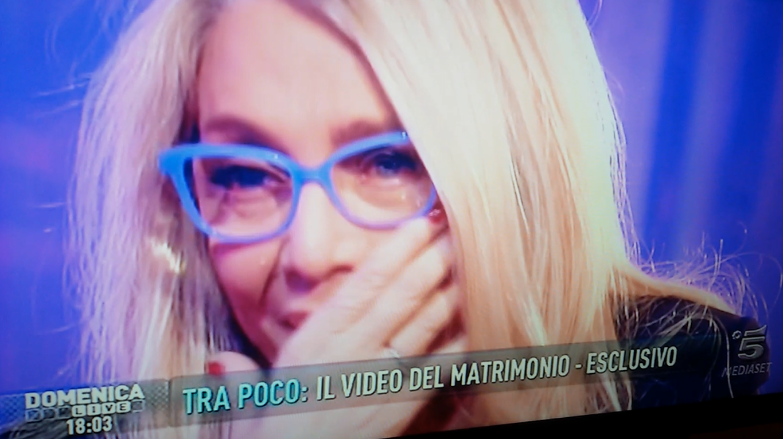 Mara Venier piange a Domenica Live