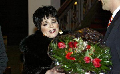 Liza Minnelli torna in rehab: nuovi problemi con l'alcol per l'attrice premio Oscar