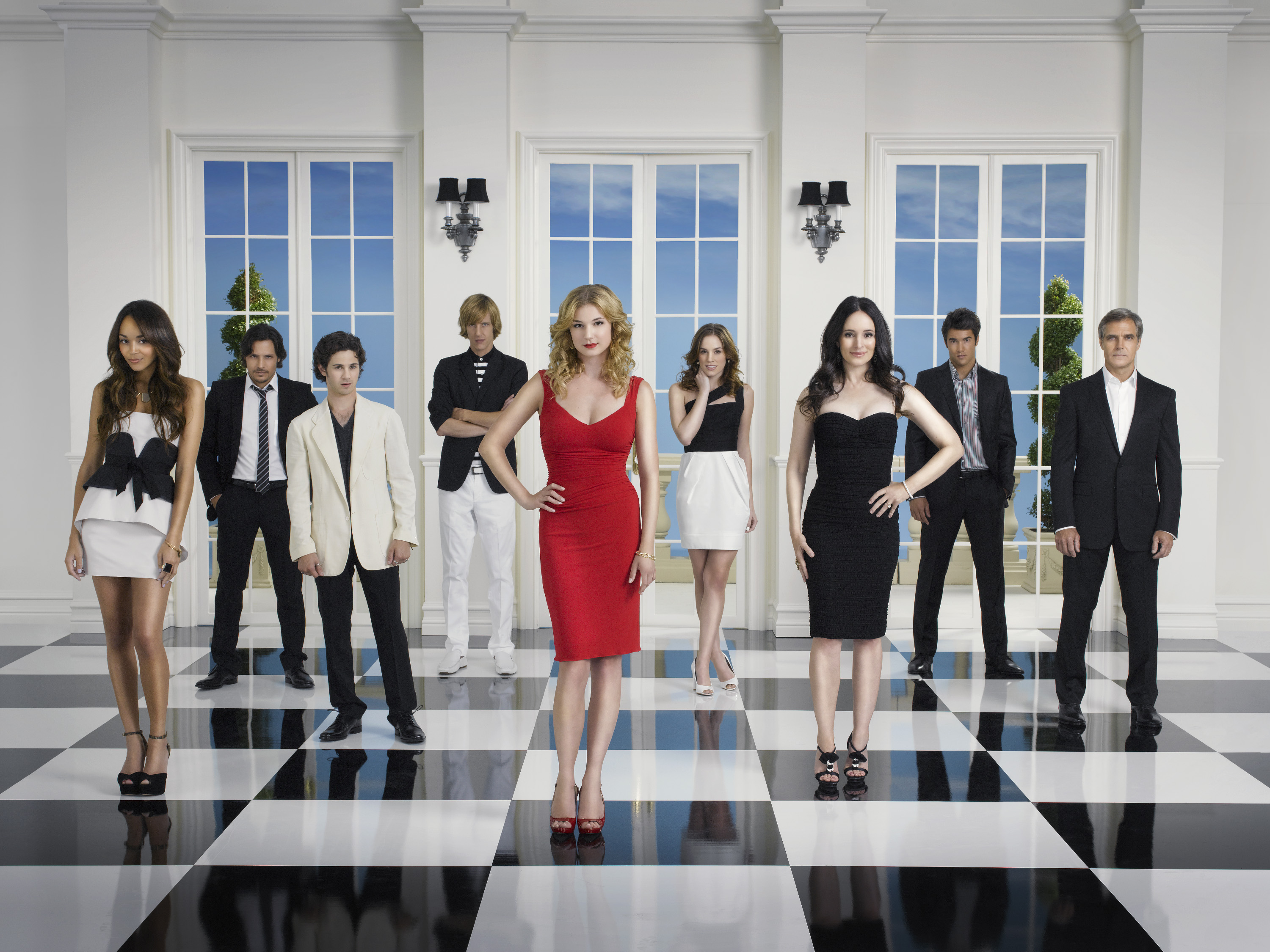 Revenge cancellata da ABC: no alla quinta stagione, sì allo 'spin-off' The Kingmakers?