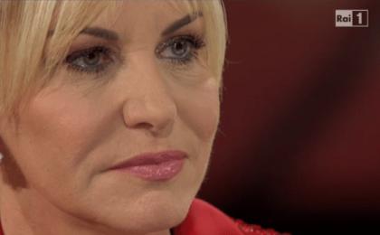Senza Parole su Rai 1, diretta prima puntata 11 aprile 2015 (LIVE): C'è posta croce e delizia