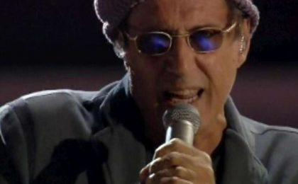 Adriano Celentano loda Amici e boccia l'Eurovision Song Contest: 'Troppe luci'