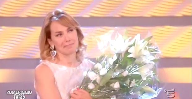 Barbara D'Urso piange in diretta