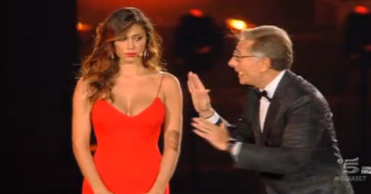 Belen Rodriguez a Lo spettacolo sta per iniziare 2015