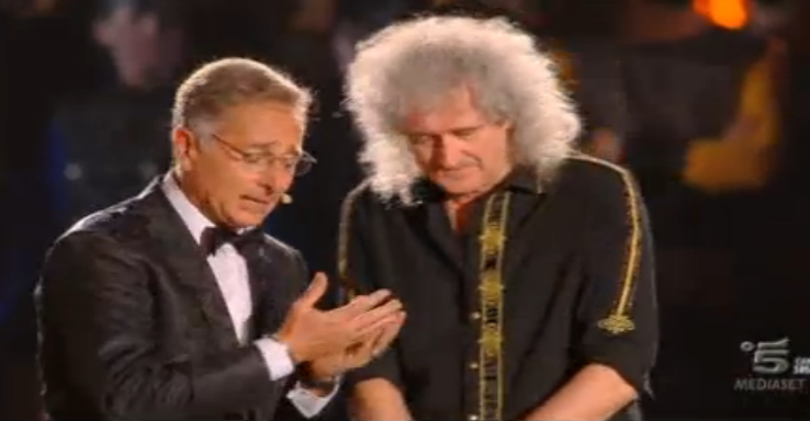 Bonolis e Brian May sul palco