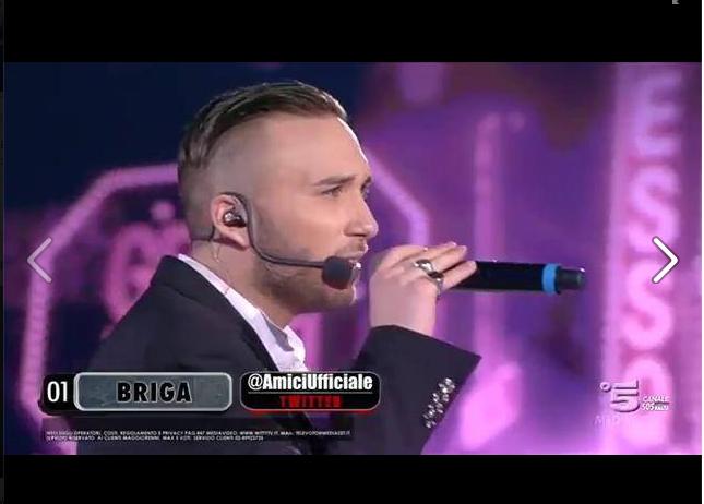 Briga canta una cover