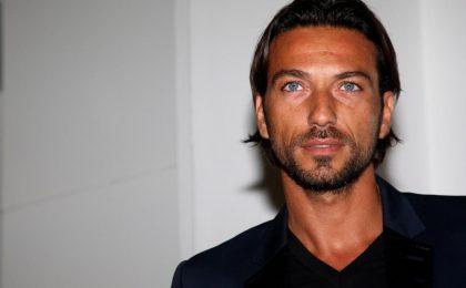 Costantino Vitagliano confessa: 'Dopo Uomini e Donne ho pensato al suicidio'