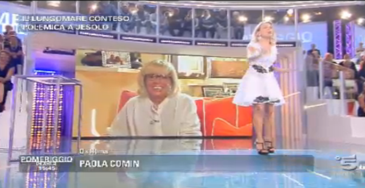 Barbara D'Urso ospita Paola Comin