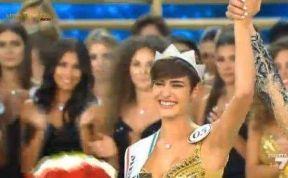 Tapiro a Miss Italia 2015, Alice Sabatini contro Striscia la notizia