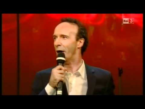 Video Vieni Via con Me: Benigni canta Berlusconi, boom sul web