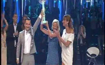 Antonella Elia dopo la vittoria: 'Manuel, il pubblico punisce i traditori' [FOTO + VIDEO]