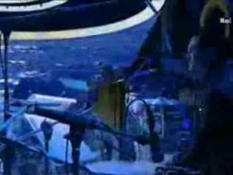 Sanremo 2010, da Radio Deejay la parodia di Italia Amore Mio (video)