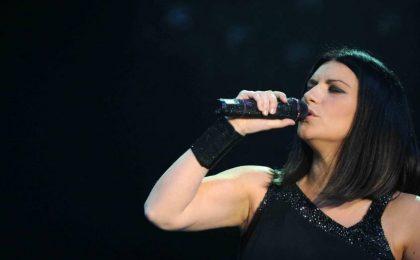 Laura Pausini a Sanremo 2016: la cantante ospite del Festival