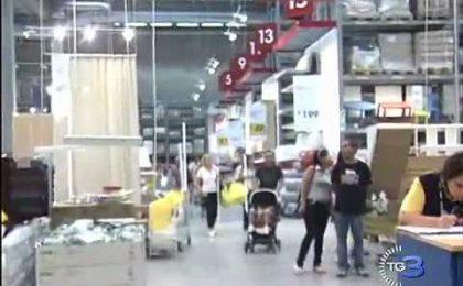 Ikea, per Giovanardi lo spot gay friendly viola la Costituzione