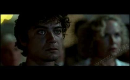 Riccardo Scamarcio, scene bollenti in Verso L'Eden