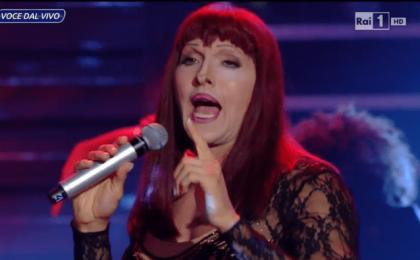 Tale e Quale Show 5, quarta puntata 2 ottobre in diretta su Rai 1: vince Giulia Luzi Elisa [Live]