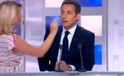 Mette online il fuori onda di Sarkozy, giornalista rischia il carcere