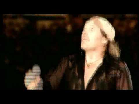 Sanremo 2009, le primedonne e i vip generosi