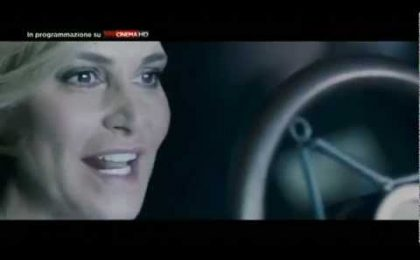 Simona goes to Hollywood, da questa sera su Sky Uno HD ci prepara agli Oscar 2012