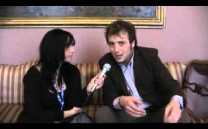 Sanremo 2011, Raphael Gualazzi: video intervista esclusiva