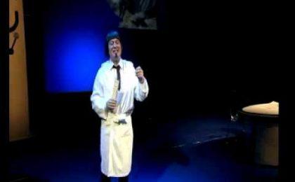 Corrado Guzzanti domani su SkyUno con Recital