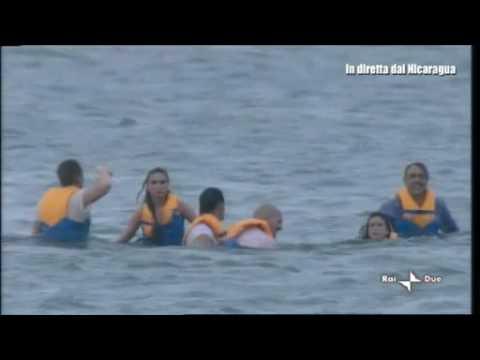 Isola dei Famosi 7, Luca Ward pensa alla denuncia