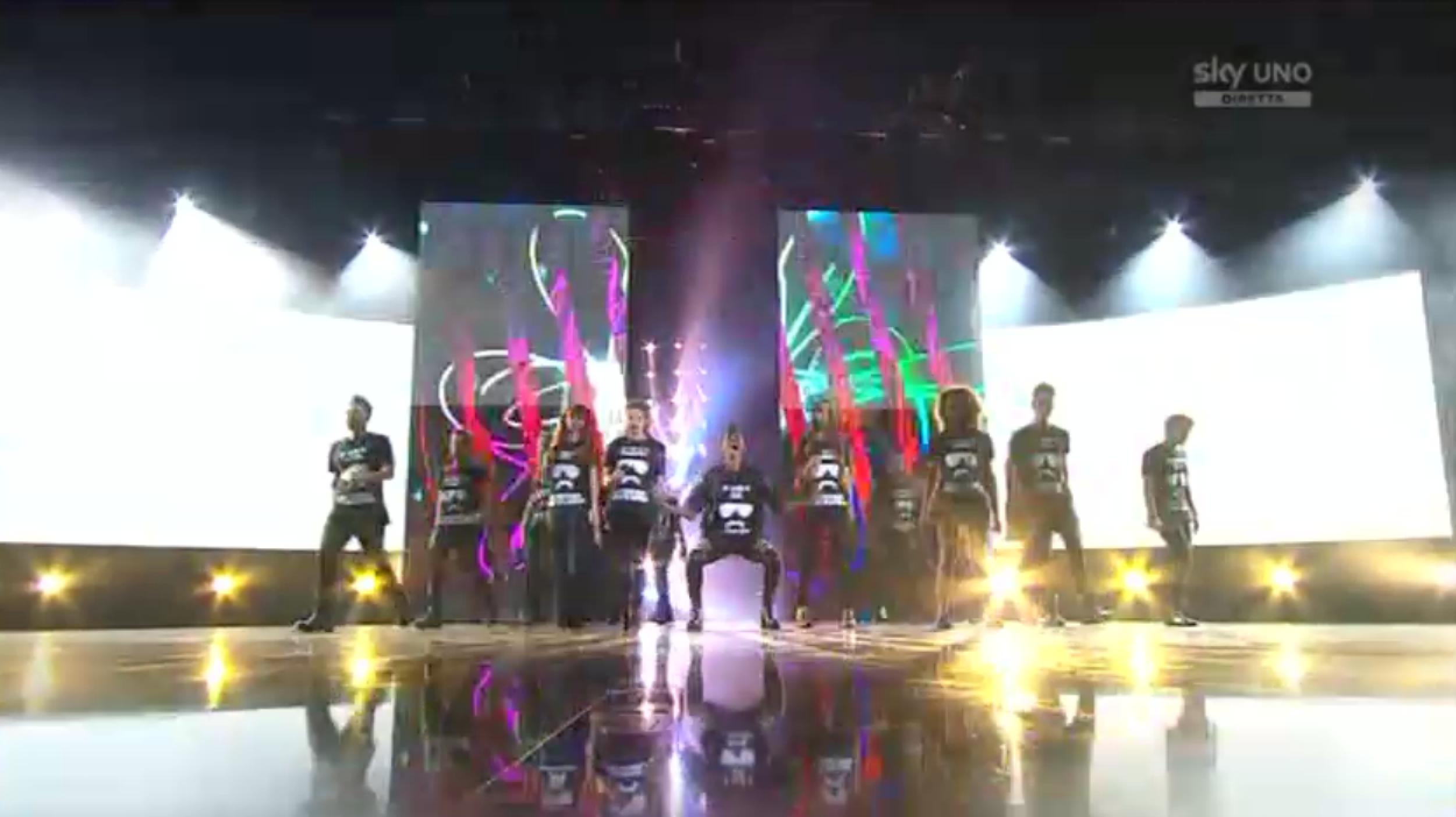 1 L'apertura del quarto Live Show