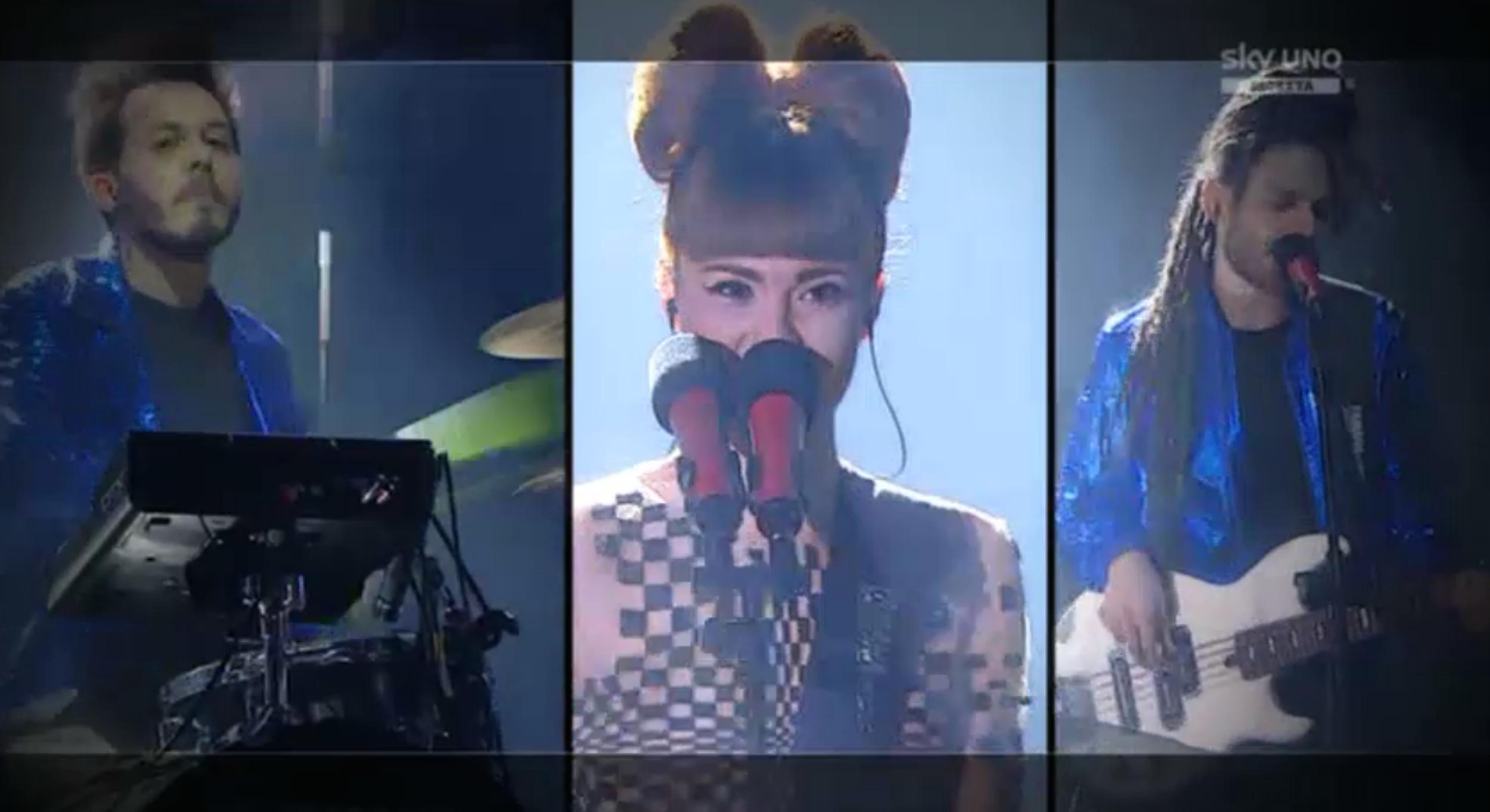 5 I Moseek nella prima manche del sesto Live Show