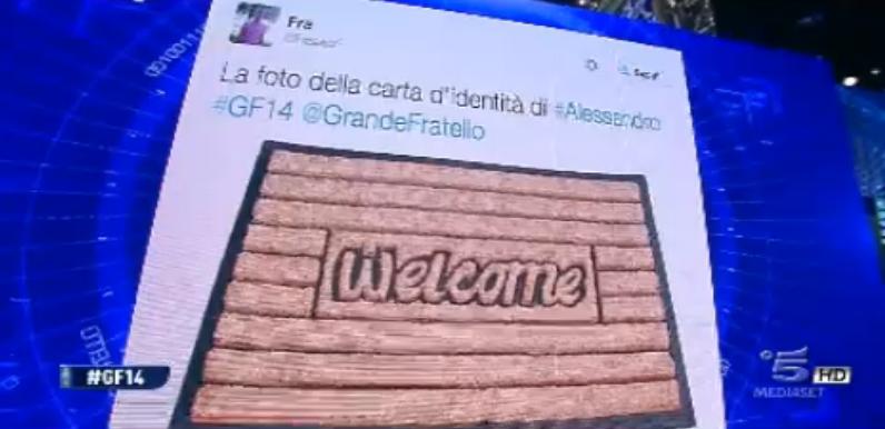 Alessandro secondo Twitter
