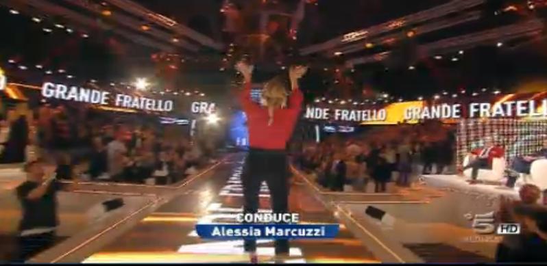 Alessia Marcuzzi conduce la decima puntata