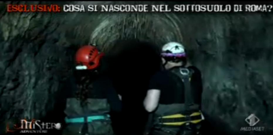 Laura Torrisi si cala nei sotterranei romani