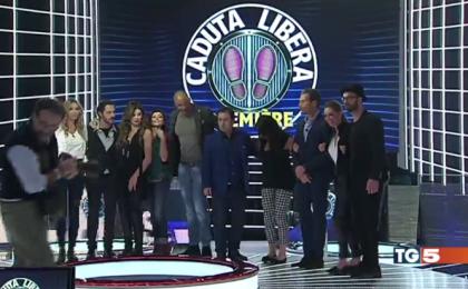 Caduta Libera, prima puntata vip del 4 gennaio 2016: i personaggi famosi in gara