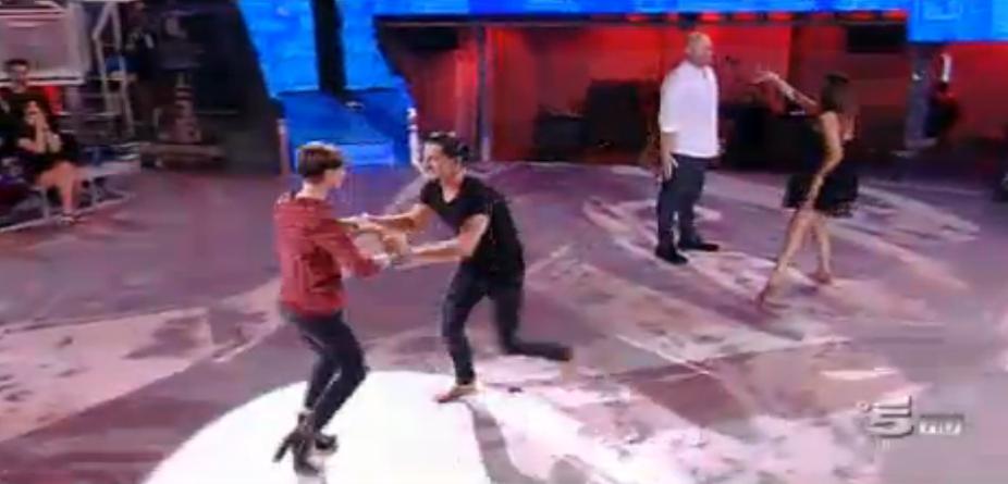 Alessandra Amoroso balla con Marcello Sacchetta