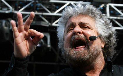 Beppe Grillo in prima serata su Rai 1? La proposta di Carlo Freccero