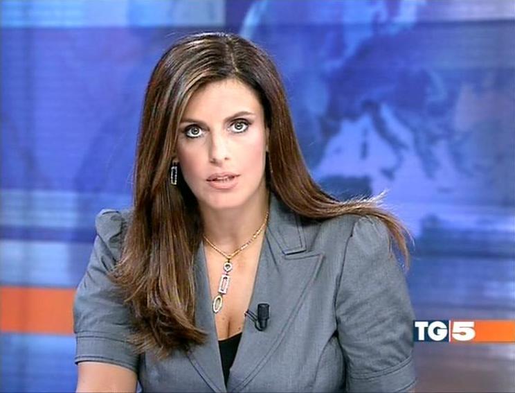 Tg5, malore in diretta per Cristina Bianchino: la giornalista sostituita in corsa
