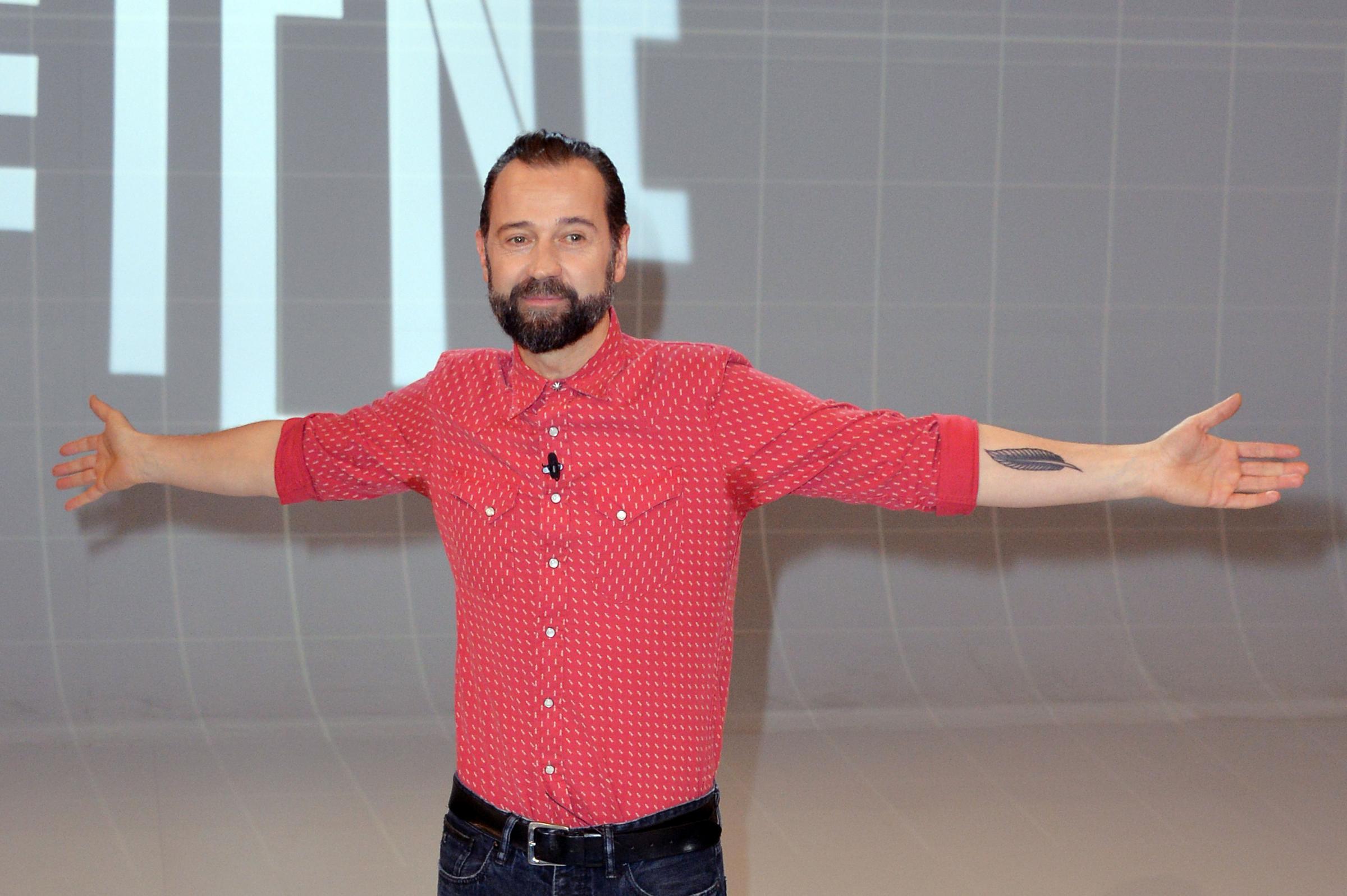 Fabio Volo a Televisionando: 'Le Iene? Il programma più contemporaneo della televisione italiana' [INTERVISTA]