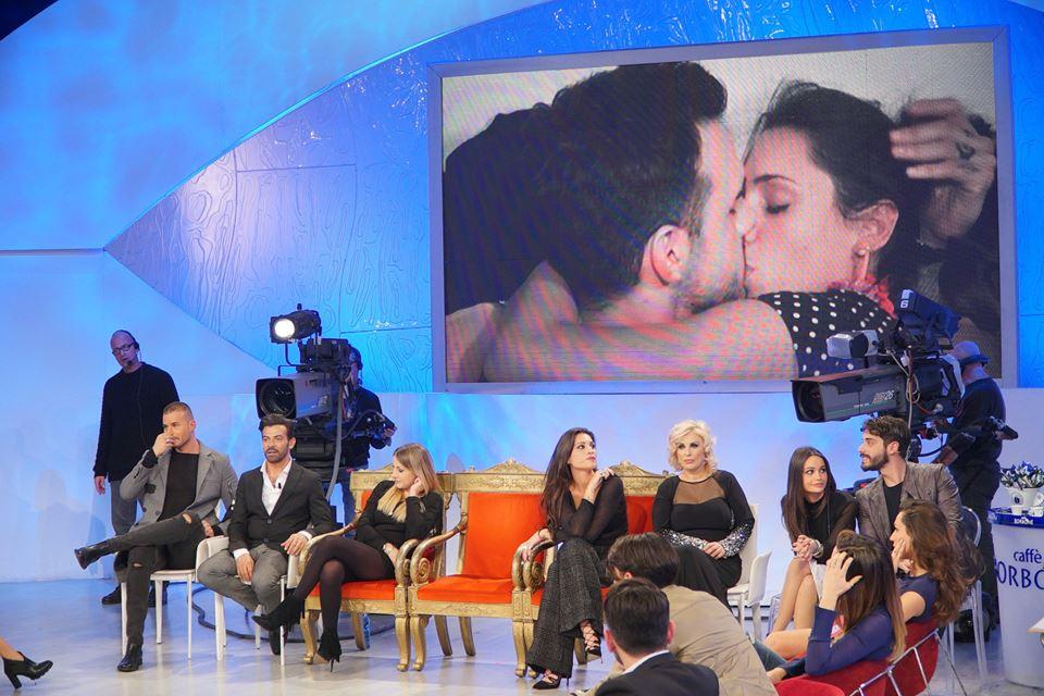 lucas e valentina, il bacio