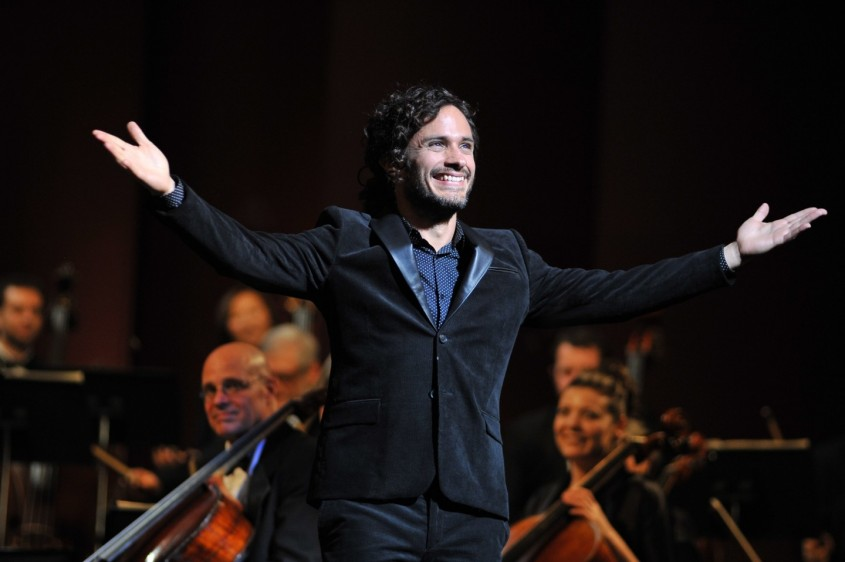 mozart in the jungle gael garcia bernal